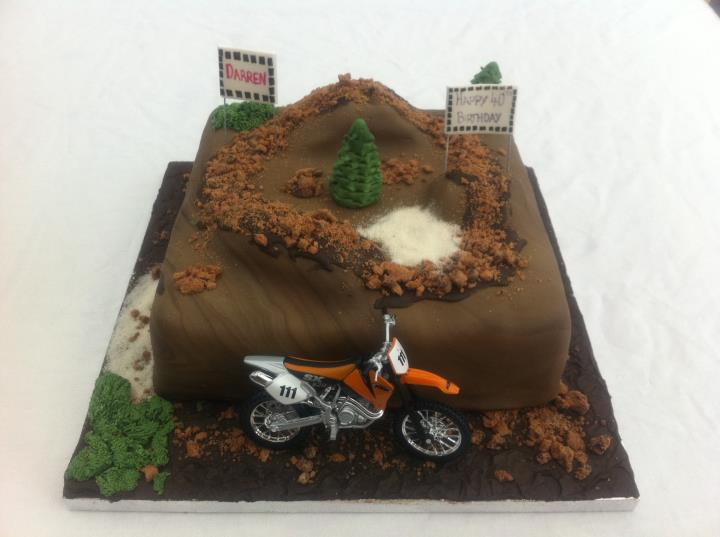 Piped Dreams Cakes